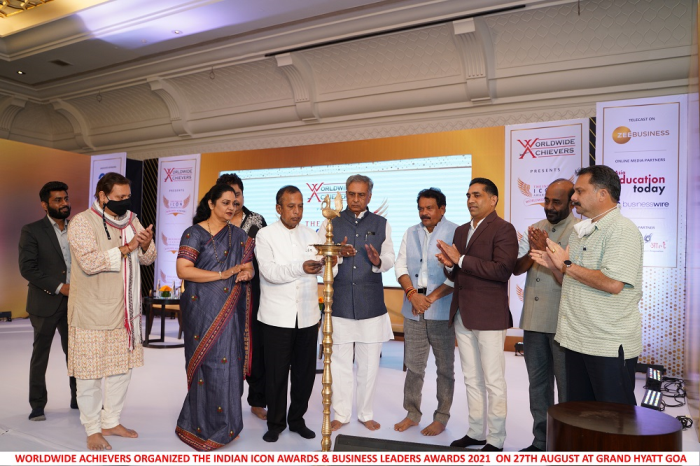 Worldwide Achievers Felicitated the Winners of the Indian Icon Awards and Business Leaders Summit and Awards 2021