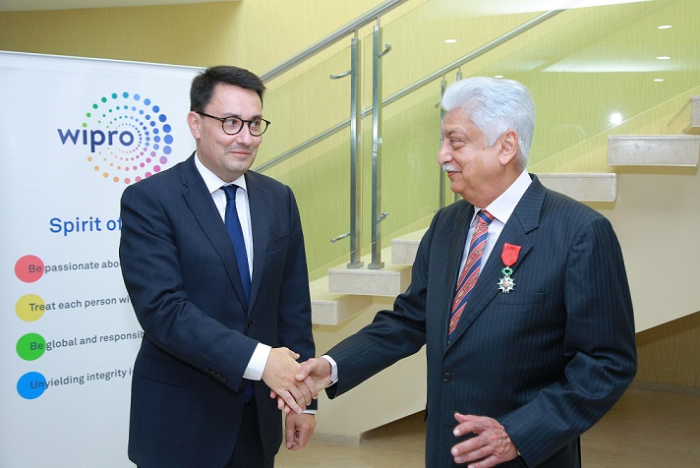 France Bestows Highest Civilian Honour on Wipro Chairman Azim Premji - newsonfloor.com
