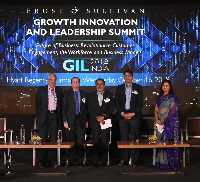 (Left to Right) CJ Iyer, Executive Director, Head of Mumbai Refinery, Bharat Petroleum; Arun Karna, Managing Director & CEO, AT&T Global Network Services India Pvt. Ltd; Ganesh Iyer, CEO, Symphony Ventures India; Raghuram Velega, VP & Chief Architect – Analytics CoE (Big Data), Jio and Ms. Neeta Joshi, Director – Vision Alignment and Corporate Strategy, Frost & Sullivan