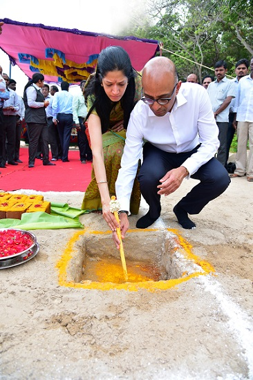 Mrs. & Mr. Ashwin Muthiah, Founder Chairman, AM International Group, Singapore at the foundation laying ceremony.