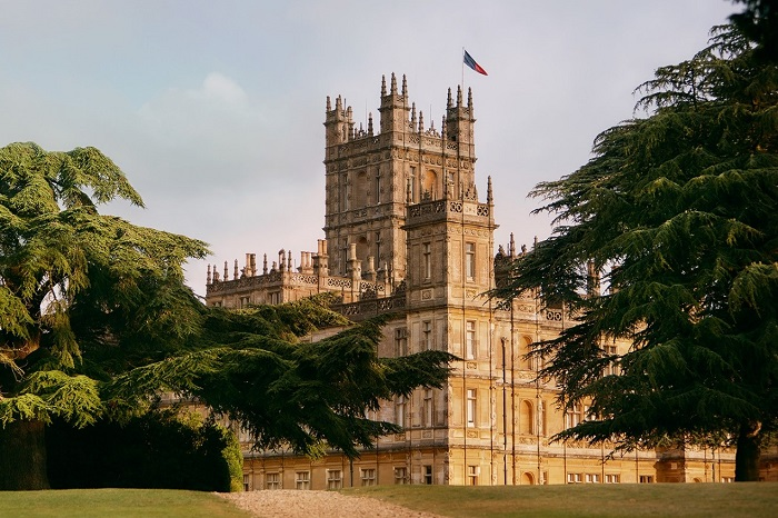 Downton Abbey, Highclere Castle now bookable only on Airbnb