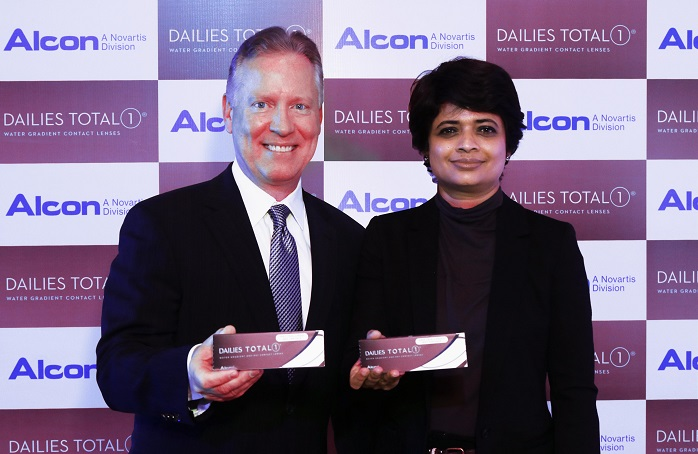 L-R: Mr. Dwight Akerman, Global Head Professional Affairs, Ms. Panchali Upadhaya, Country Business Unit Head Vision Care
