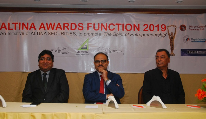 Mr. Alok Harlalka – Director, Gretex Corporate Services Pvt. Ltd., Mr. Ajay Thakur – BSE SME Head and Mr. Clifton Desilva – Director, Altina Securities Pvt. Ltd.