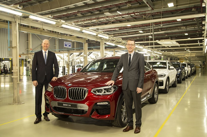 (L) Dr. Jochen Stallkamp, Managing Director, BMW Group Plant Chennai and Dr. Hans-Christian Baertels, President (act.), BMW Group India at the roll-out of the all-new BMW X4