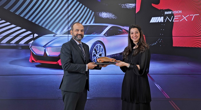 (L – R): Mr. Rudratej Singh, President and Chief Executive Officer, BMW Group India and Ms. Pooja Choudary, Dealer Principal, Infinity Cars.