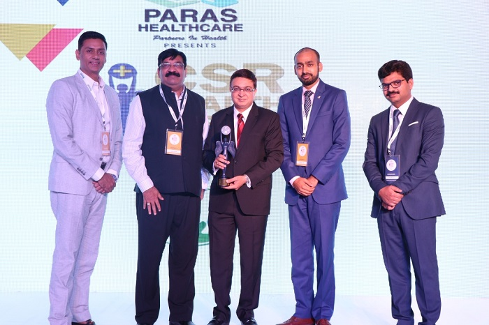 (L-R) Dr. Dharminder Nagar, MD, Paras Healthcare; Mr. Sanjiv Navangul, MD, Janssen India; Representatives from Janssen India & Kamal Narayan Omer, Director, Foundation for IHW