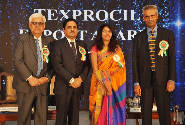 Seen left to right: Dr. Siddhartha Rajagopal, Executive Director – TEXPROCIL, Shri Ujwal Lahoti, Chairman –TEXPROCIL, Dr. Kavita Gupta and Dr K V Srinivasan, Vice Chairman – TEXPROCIL