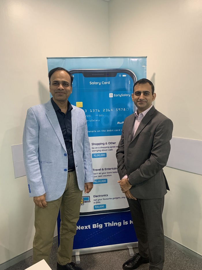 Akshay Mehrotra, Co-Founder and CEO, EarlySalary (Right) with Ashish Goyal, Co-Founder and CFO, EarlySalary (Left) at the launch of EarlySalary 'Salary Card'