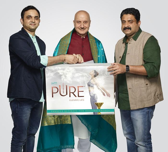 Anupam Kher with Jithin Jayakrishnan, MD & Co-Founder HHM, Rajesh Pattath Co-Founder & Director HHM.