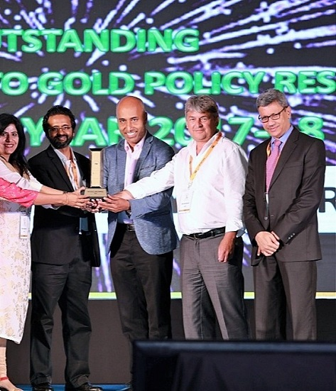 Prof Arvind Sahay, Chairman of IGPC along with team receives award for excellence and contribution to policy research at '15th India International Gold Convention' held at the Le Meridien Convention Centre in Kochi.