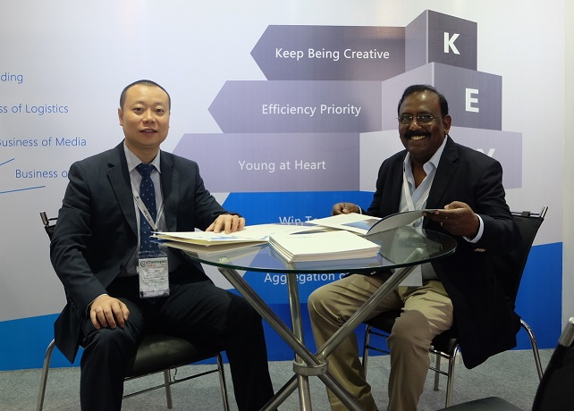 <b>Dr. Homan Jiang, MD, Keywa (left), interacts with a guest at Chemspec India 2017, held in Mumbai recently</b>&#8220;></td> </tr> <tr> <td width=