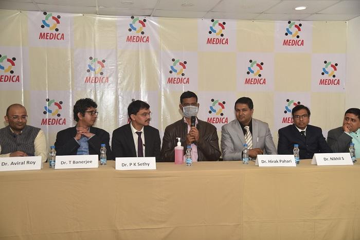 Mukesh Shaw with the Liver Transplant Team of Medica, Kolkata