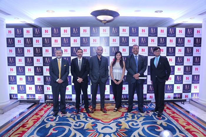 (L-R) Sanjay Mehta, Nikhil Arora, Vishal Gupta, Pooja Jain - Anchor, Tapan Singhel and Gaurav Jain
