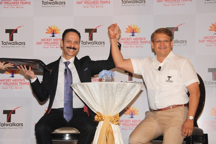 (From L to R) Global leading holistic health guru, wellness wizard & corporate life coach, Dr. Mickey Mehta with Mr. Prashant Talwalkar, MD & CEO of Talwalkars Better Value Fitness Limited