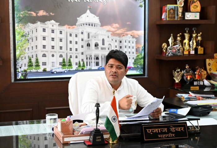 Aijaz Dhebar, Mayor of Raipur