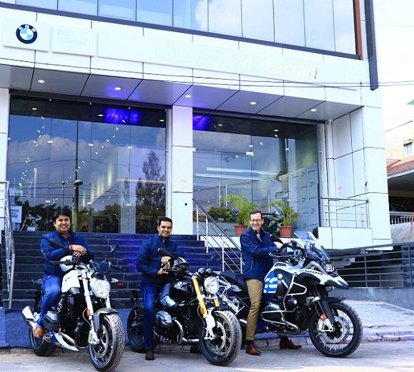 (L-R): Mr. Shivapada Ray, Head – BMW Motorrad India, Mr. Prashant Mandhan, Dealer Principal, Munich Motorrad and Dr. Hans Christian Baertels, President (Act), BMW Group India