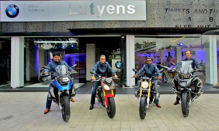 (L-R) Mr. Shivapada Ray, Head, BMW Motorrad India, Mr. Vikram Pawah, President, BMW Group India, Mr. Manish Gupta, Dealer Principal, Lutyens Motorrad and Dr. Hans-Christian Bärtels, Director, Finance and Administration, BMW Group India at the launch of Lutyens Motorrad in Delhi