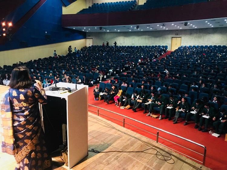 Dr. Madhu Chitkara addressing the World?s largest Classroom