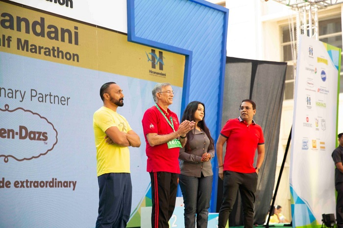 From left Mr. Rahul Bose (Actor), Dr. Niranjan Hiranandani (Founder & MD Hiranandani Group), Mrs. Amruta Fadnavis (Social Activist), Mr. Sanjeev Jaiswal (Thane Municipal Commissioner)