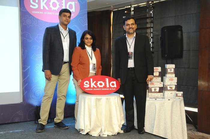 (L-R) VK Manikandan, Mridula Sridhar & Nitish Agarwal, Founders of Skola Toys launch India?s first learning toys range