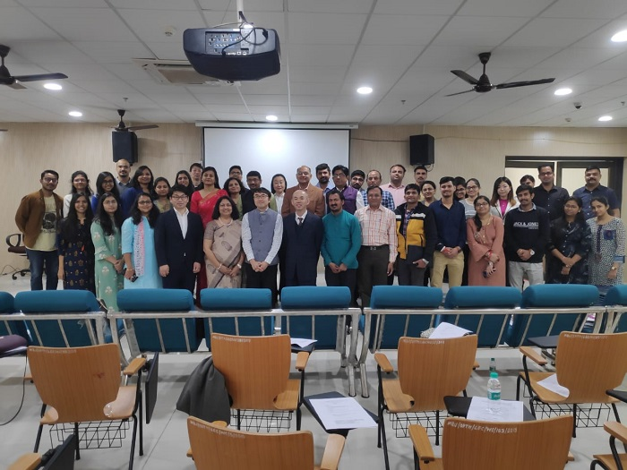 The attendees of the workshop included representatives from Yaguchi Electric Corporation, Cooperative Hospital staff members consisting of Ophthalmologists and Optometrists from Eye Care hospitals in India and JICA India