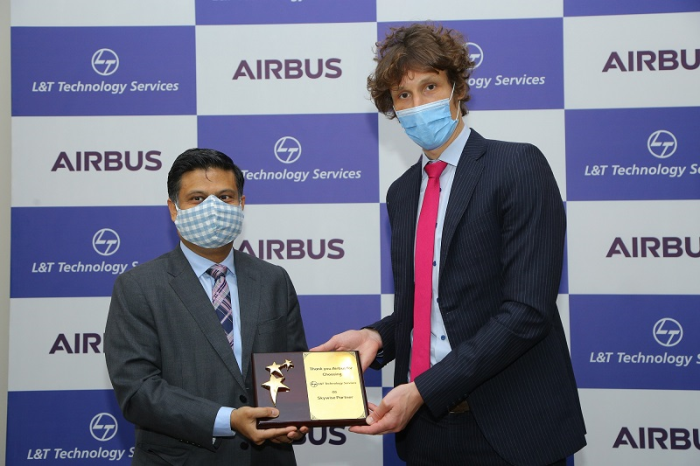 Abhishek Sinha, Chief Operating Officer and Board Member LTTS with Rémi Maillard, President & Managing Director, Airbus India & South Asia, commemorate LTTS joining the Skywise Partner Program