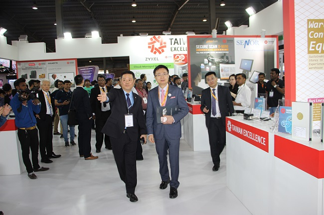 James Huang, Chairman of TAITRA taking a tour of Taiwan Excellence Pavilion at Vibrant Gujarat 2019 Tradeshow