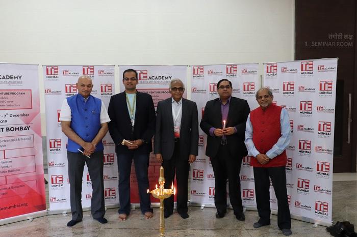 (R-L) Ashank Desai - Co-Chair TiE Academy, Naveen Raju- ED TiE Mumbai, Dinkar Suri - Co-Chair TiE Academy, Anirudh Damani - Managing Partner, Artha Venture Fund & Vinod Keni - Trustee TiE Mumbai