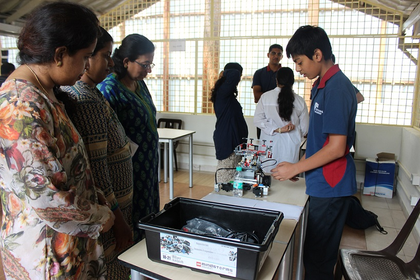 Student demonstrating a model on Robotica during the inauguration of Atal Tinkering Laboratory